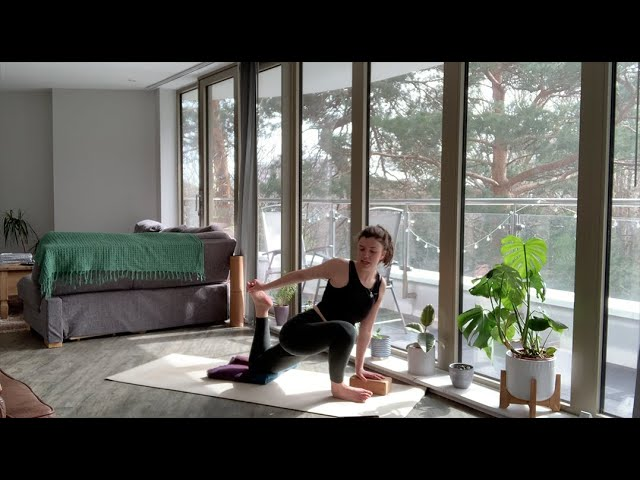Soothing Slow Flow - 60min Gentle Yoga