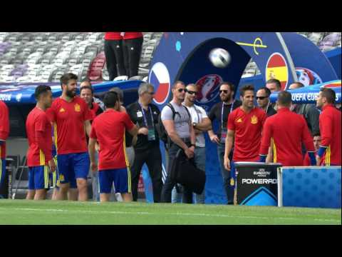 Spain training at the Stadium de Toulouse - 12.06