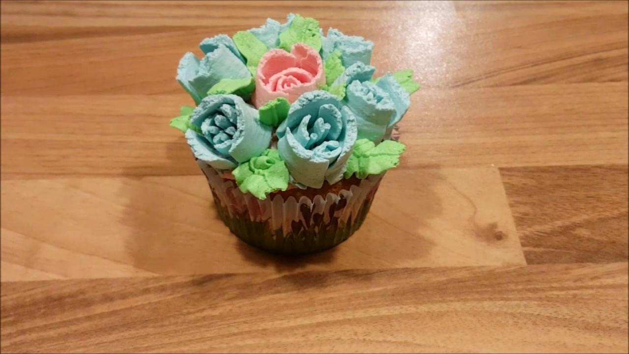 cupcakes versieren met botercr me bloemetjes youtube. Black Bedroom Furniture Sets. Home Design Ideas