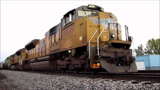 Chasing a Pair of UP SD70ACe's - With Auto Start!