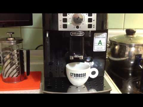 Delonghi Magnifica Coffee Maker Leaking Water : DeLonghi Magnifica S ECAM 22.110 coffee maker unboxing ... Doovi