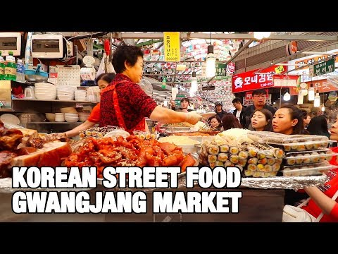KOREAN STREET FOOD - Gwangjang Market in Seoul | Best Korean Street Food dishes