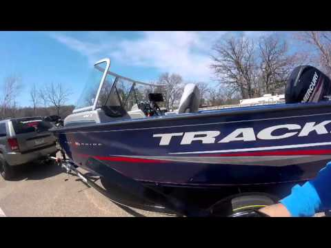How to break in a brand new boat and motor, safety tips