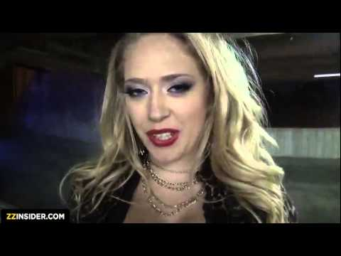 Kagney and Tony hot kiss love affection from YouTube · Duration:  55 seconds