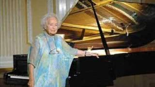 Debussy Clair de lune -- piano Lívia Rév (88) in Szeged 2004 Moonlight