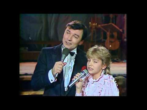 Darina Rolincová A Karel Gott - Zvonky štěstí (naživo) 1984