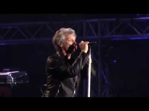 Bon Jovi- In these arms. Chile 2017.