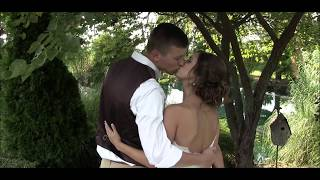 Mr. & Mrs. Blackburn wedding trailer