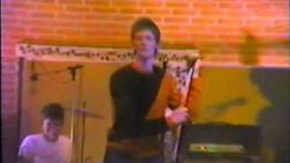 Freshly Riots - No Brain Song