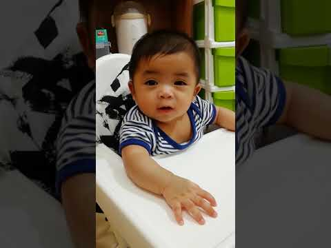 baby product reviews baby solid food is your baby ready for solid food how to feed your baby baby product reviews blogger