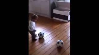 1,5 yaşında transfer olan Baerke Van Der meij