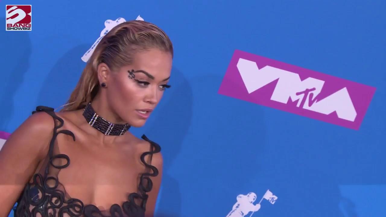 ed5bb4eb7eb9 Rita Ora pays tribute to Avicii with VMA win - YouTube