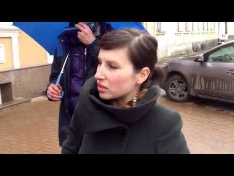 Protest for Roma people at Slovakian Embassy in Moldova - Curaj.TV