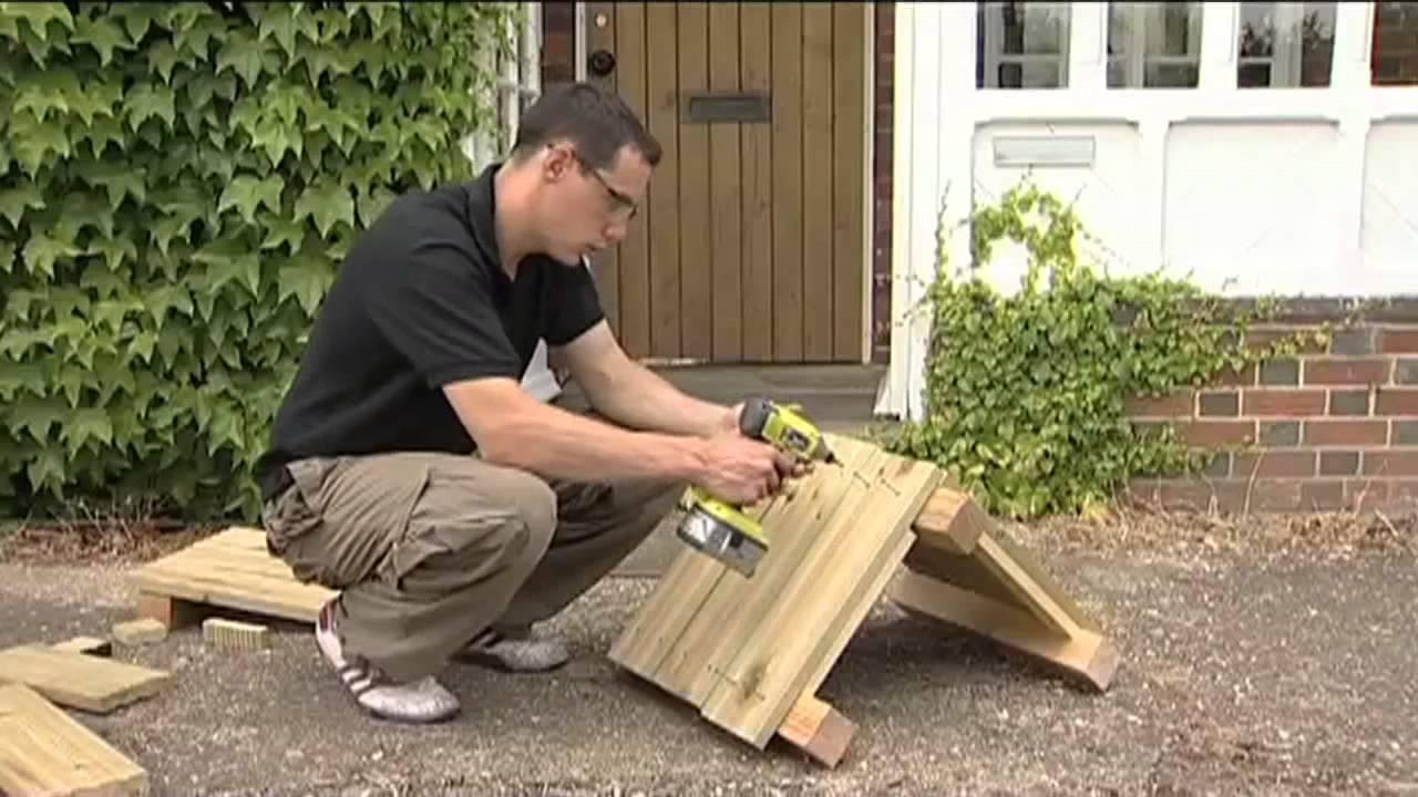C mo hacer una jardinera de madera youtube for Como hacer una piscina con palets
