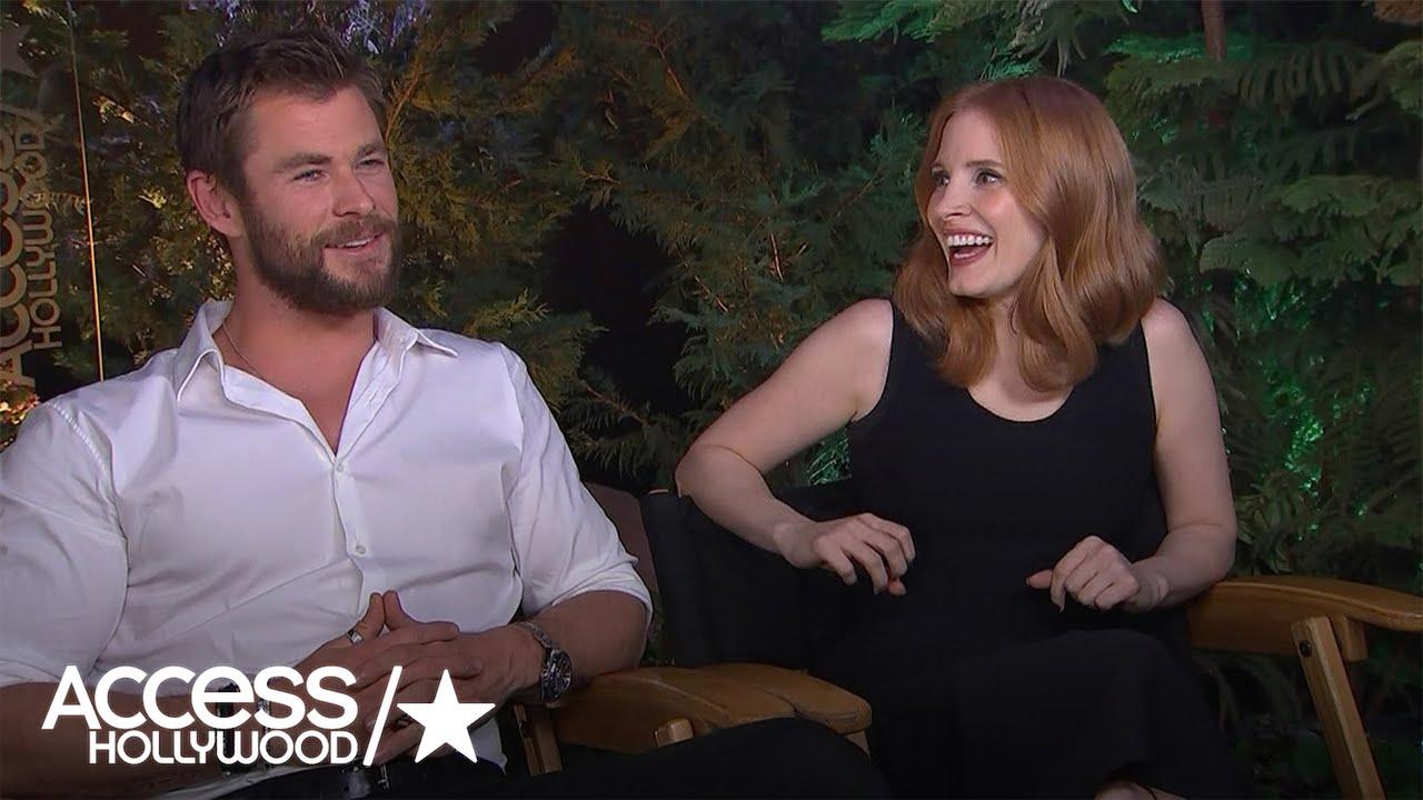 Chris Hemsworth Jessica Chastain On Spending 8 Hours In Hot Tub For Huntsman S Scene Youtube