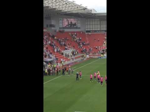 Sunderland fans welcome David Moyes at Rotherham