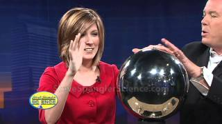 Static Electricity - Van de Graaff Generator(About Steve Spangler Science... Steve Spangler is a celebrity teacher, science toy designer, speaker, author and an Emmy award-winning television personality ..., 2011-01-15T01:23:47.000Z)