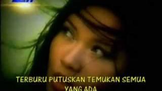 Video Tere - Tak Ingin Usai (Original Video) 2002 download MP3, 3GP, MP4, WEBM, AVI, FLV Juni 2018