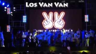 "Los Van Van ""Permiso Que Llego Van Van"" @ Universidad (Cuba-Habana)"