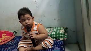 Trên Bốn Vùng Chiến Thuật - bé Quốc Huy 6 tuổi   Thần Đồng 6 tuổi hát BOLERO 2017