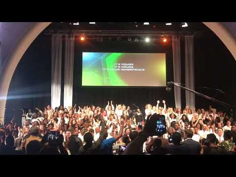 The blessing of Abrahamw/Donald Lawrence & international mass choir