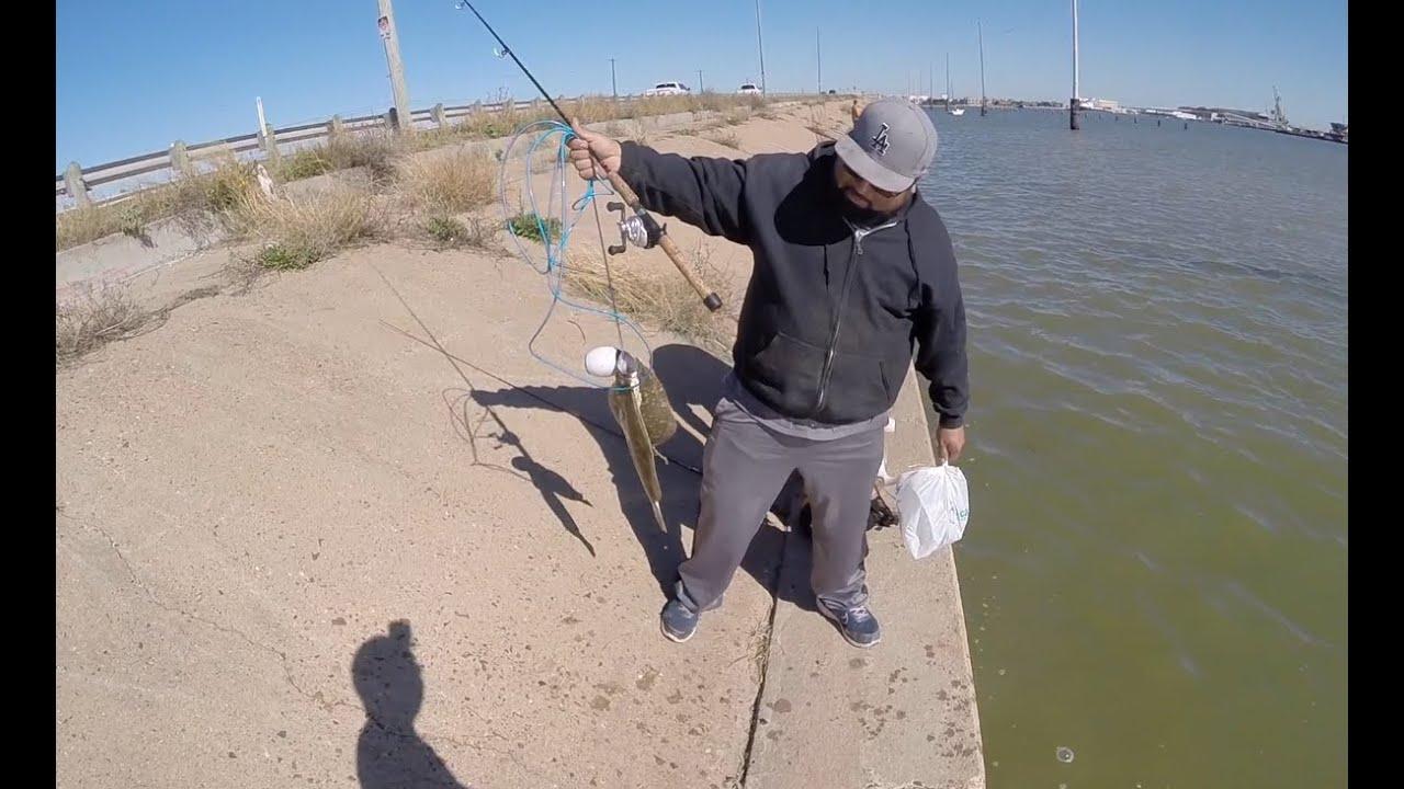 Flounder fishing galveston texas november 2015 youtube for Good fishing spots in galveston