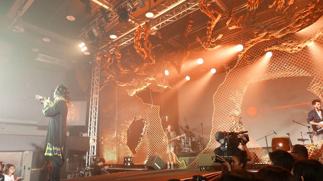 麋先生@WILD Live 2016新專輯首發演唱會--麋途+打鐵+馬戲團運動 - YouTube