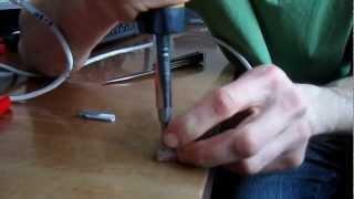 Как обжать витую пару отверткой(В этом видео вы узнаете как обжать витую пару отверткой в домашних условиях. Подробней о схемах обжама сете..., 2013-02-08T20:57:15.000Z)