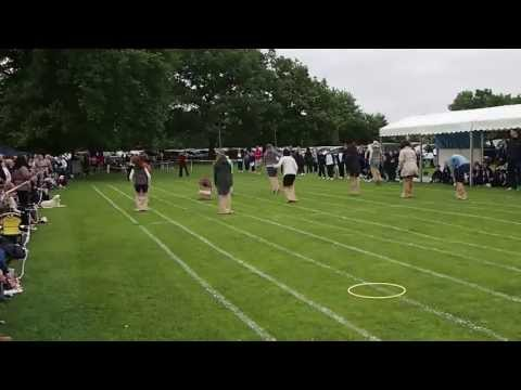 St Cedds Sports Day 2013 - Mums on the run!