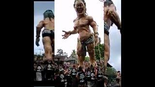 WAOW,,!!! BESAR & TINGGI - Ogoh Ogoh Tampaksiring  Gianyar Bali //Br Bukit th 2013