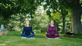 Die TEEKANNE und Yoga.