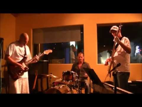 The Harsh Carpets at Casa Escobar 10 07 15 (Short Show)