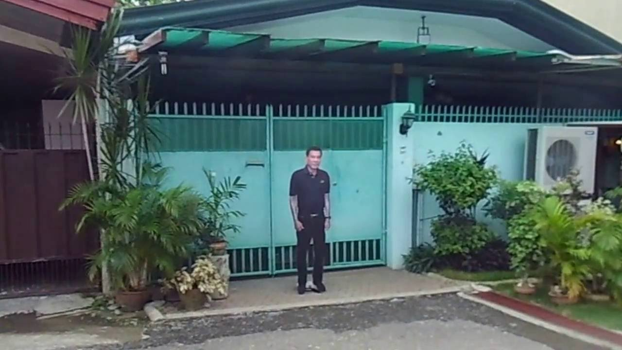 Pres rodrigo duterte 39 s house youtube for What is a shouse house