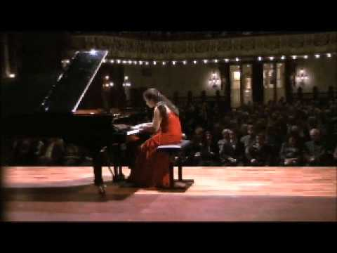 Dinara Klinton plays Liszt Hungarian Rhapsody No.2