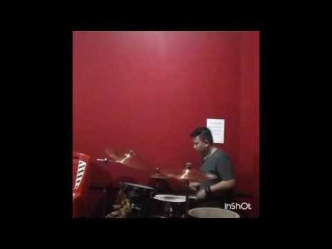 ANEH !!! Cover drum dengan Tangan Kidal Nirvana - Breed