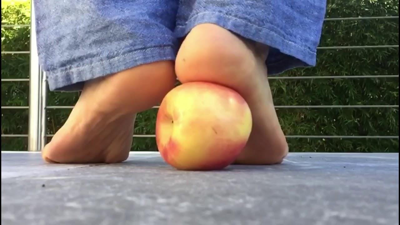 Bare foot crush