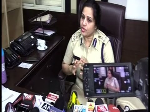 VIP treatment for Sasikala: Karnataka transfers whistle blower officer D Roopa