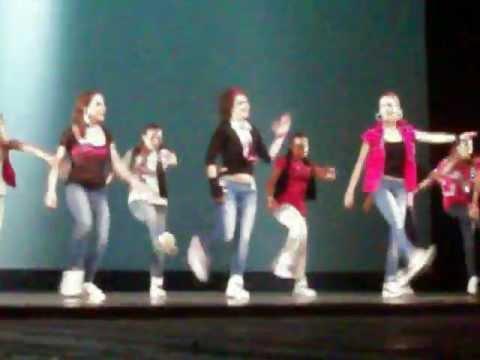 Scuola di danza alice saggio 2012 hip hop avanzato for Arredamento scuola di danza