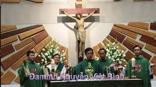 Thánh Lễ Tạ Ơn Của Tân Linh Mục Đaminh Bà Chủ tịch Hội Đồng Giáo xứ Cecilia thay cộng đoàn cảm ơn