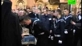 Санкт-Петербург простился с поясом Богородицы