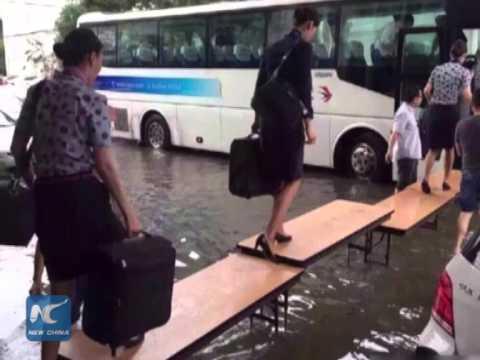 Shanghai airport flooded by rain
