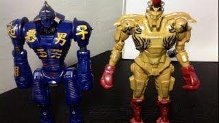 Real Steel 2-Pack Noisy Boy Vs. Midas Figure Review