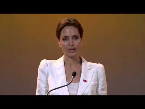 Angelina Jolie and William Hague Open London Summit on Rape in War Zones