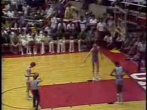 1979 NCAA Finals - Larry Bird vs. Magic Johnson [Ending]