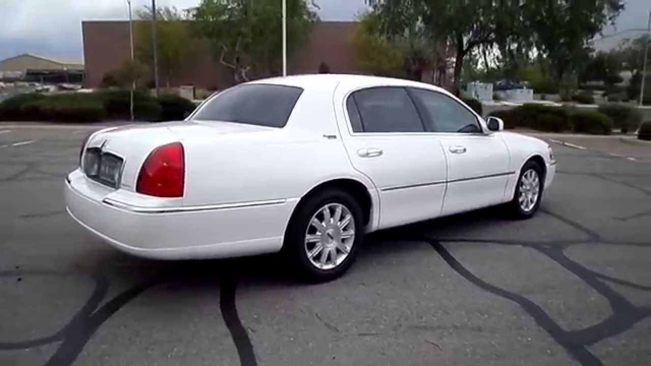 White Lincoln Town Car Signature Limited Edition For Sale Youtube