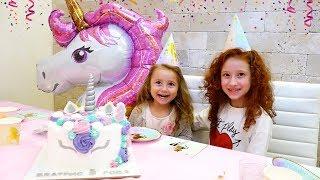 🎂 ВЛОГ 🍭  День Рождения БЕАТРИС   Много Подарков   Петы в консервных баночках от Hasbro Pet Shop
