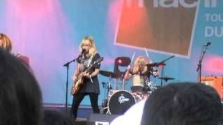 PLASTISCINES - Hideaway ( New Song ) (06-08-2010, Live au Festival Indétendances, Paris)