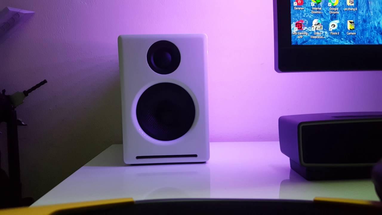 A2 premium powered desktop speakers youtube - Audioengine A2 Premium Powered Desktop Speakers