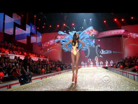 Victorias Secret 2010  Bad Romance