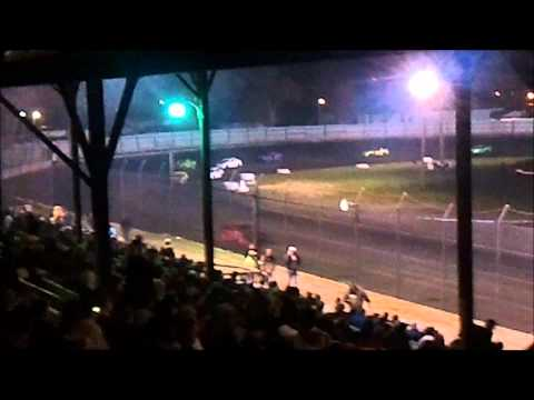 Algona Raceway Hornet Feature 4/7/12